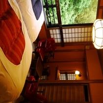 さくらの間 ベッドとソファ