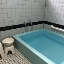 交代でご利用頂く共同浴場です♪