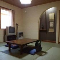 *【和室8畳(客室一例)】ご人数によってお部屋の広さを割り振りさせていただきます!