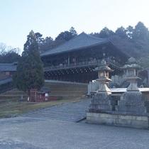 *東大寺二月堂:奈良の早春の風物詩「お水取り」が行われる建物です