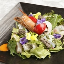 オードブル 一例 サラダ仕立てのオードブル