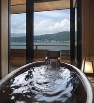 客室付き露天風呂【信楽焼】