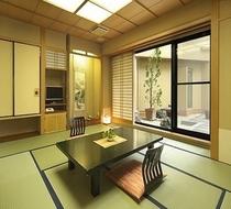 客室一例【中庭側和室】
