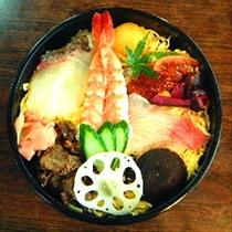 ■松江シティホテルの提携グルメ専門店こだわりルームサービス■浪花寿司のちらし寿司■