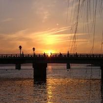 ■眼下の銘橋「松江大橋」と宍道湖の夕日■