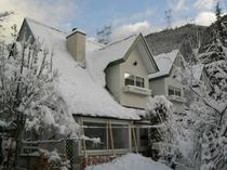 雪の外観2