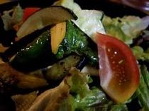 食事サラダ2
