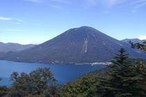 中禅寺湖展望台から