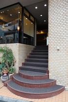 フロント階段