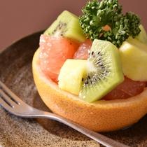 【ご夕食(デザート)】季節感あふれる「懐石料理」の一例