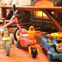 サービス_子供用の乗り物・玩具