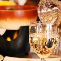 おいしい料理にワインの相性は抜群!