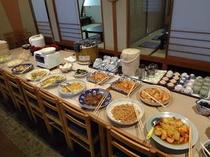 和食バイキング形式のご朝食