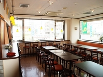 レストラン_外見える位置