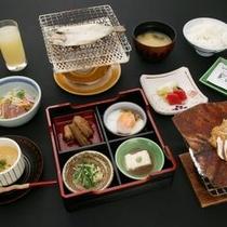 【料理】名物朴味噌葉味噌付き朝食