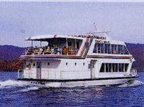 桧原湖島巡り観光船