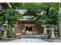 縁結びの大イチョウもある天祖神社