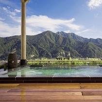 【空の湯〜ままらく〜】谷川連邦を望む最上階の展望浴場