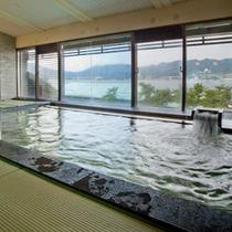 展望畳風呂 早朝の大浴場