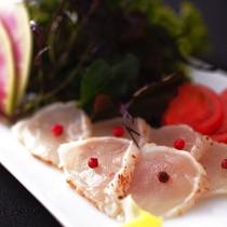 虎河豚のサラダ