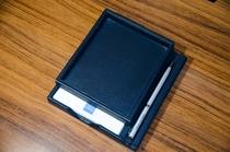 【備え付け】メモ帳&ジュエリーボックス