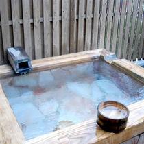 松の間風呂(露天風呂付)