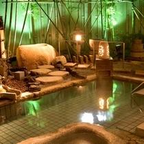 大浴場「福の湯」屋外庭園風呂