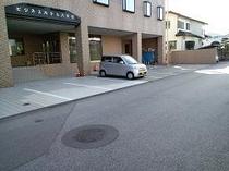 表駐車場 1