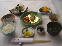 食事(特選海幸定食)