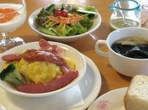 10品の朝食-1例