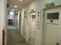 ペンションの廊下