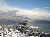 ロビーからの雪景色