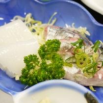 *【朝食一例】朝どりの海の幸を中心としたお食事をどうぞ。