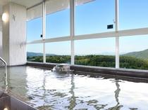 【展望大浴場】妙高山の美しい景観が自慢の6階大浴場