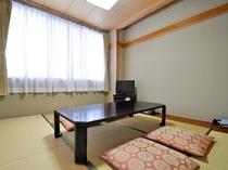 【客室:和洋室(和室6畳)】明るく居心地の良い和室