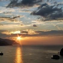 夕陽*:..。o○☆