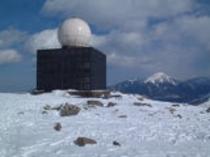 冬の山頂車山レーダー