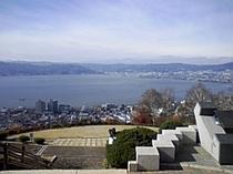 諏訪湖が一望できる立石公園