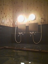 木の香漂う貸切大浴場