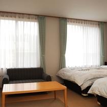 【ツインルーム】カップル、ご夫婦にオススメのお部屋です。
