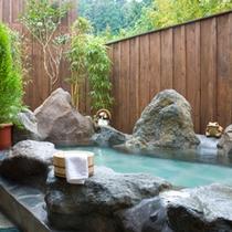 【黎明室】客室露天風呂