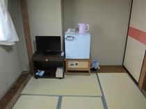 和室の6畳は、小家族、カップルさんご利用だけではありません!大の字でお休みのビジネスマンにも大人気!