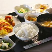 夕食も朝食も18年連続特Aランクの「はえぬき」米を使用しています。
