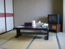 和室の8畳はゆったりとご家族で、川の字になってお休み下さい。
