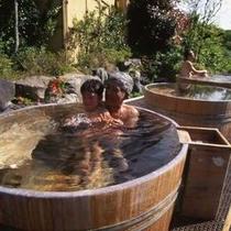 【森の湯】樽風呂