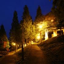 【コテージ(ペンションタイプ)】夜には綺麗な夜景を見ることもできます♪
