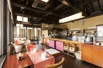レストラン椎の木 オープンキッチン