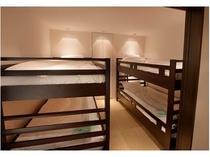 グループやお子様に人気の2段式ベッド♪