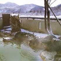 雪景色の展望露天風呂