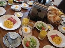 朝の食卓風景